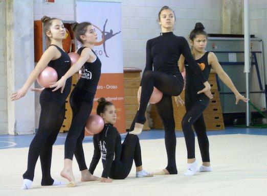 Más de 100 gimnastas examinados en Galicia y certificados con su Grado en Gimnasia Rítmica